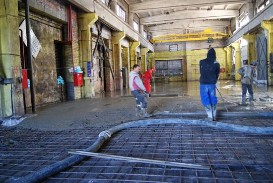 заливка бетона на промышленный пол