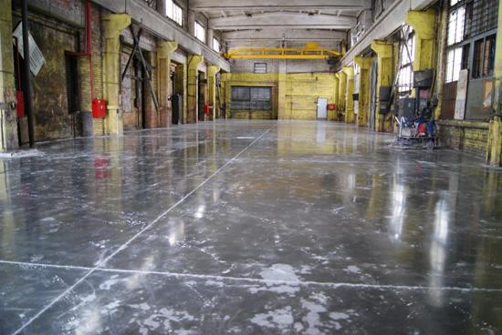 новый промышленный бетонный пол на ООО «Старлесс-Трейд»